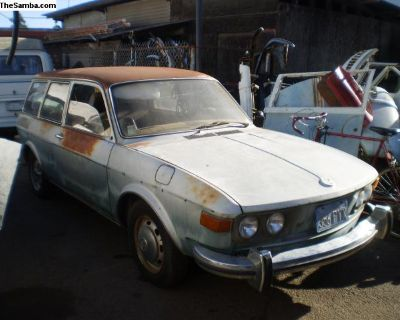 Parting out 1973 412 wagen