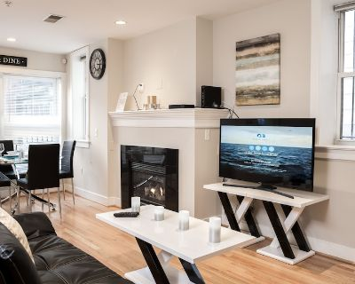 2Br Fully Furnished Ground Level Apartment Next to Convention Center - Logan Circle
