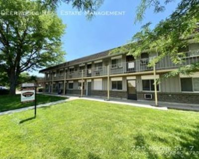 725 Moore St #7, Lakewood, CO 80215 2 Bedroom Apartment