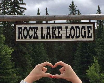 Rock Lake Lodge - Complete Lodge and 4 cabins all together as one package. - Rock Lake