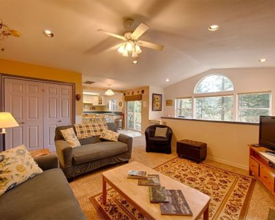 Centrally Located Inside Yosemite Park, Gorgeous View, Peaceful, Wifi, Dish TV - Yosemite West