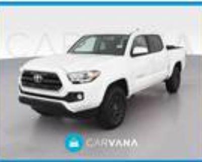 2017 Toyota Tacoma White, 30K miles