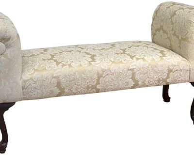Queen Anne Bedroom Cushion Bench