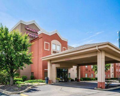 Comfort Suites Louisville - Jeffersontown