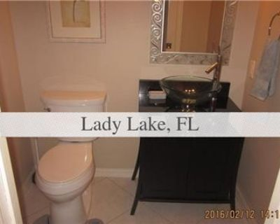 Beautiful Lady Lake Condo for rent. Will Consider!