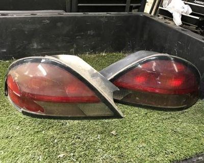 1999 Pontiac Grand Am Tail lights