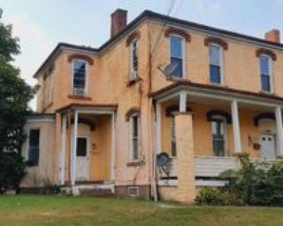 1305 3rd Ave, Beaver Falls, PA 15010 1 Bedroom Condo
