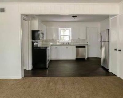 301 East Lafayette Street - 3 #3, Abbeville, LA 70510 2 Bedroom Apartment