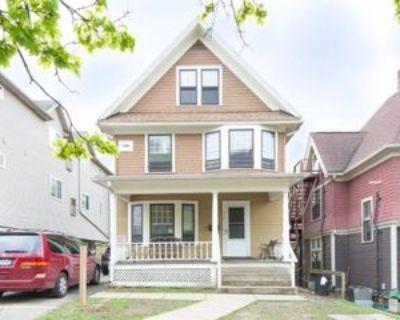 518 Monroe St, Ann Arbor, MI 48104 7 Bedroom House
