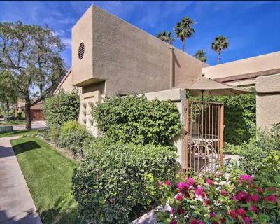 Darling 1 Bedroom 1 1/2 Bath Condo offering Golf and Water views - Palm Desert