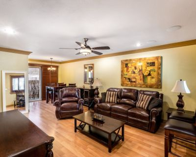 Luxury Townhome in Prime Pasadena, Centrally located - Mid Central