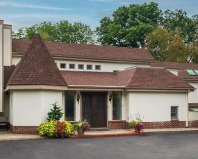 GUNNING AND COMPANY ESTATE IS IN BRYN MAWR PA 2-DAY ESTATE SALE