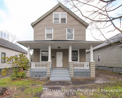 Gertrude UP, Cleveland - 2 bed 1 bath up apartment of 2 family home