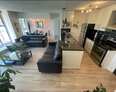2BR Gastown Downtown Vancouver close to everything - Crosstown