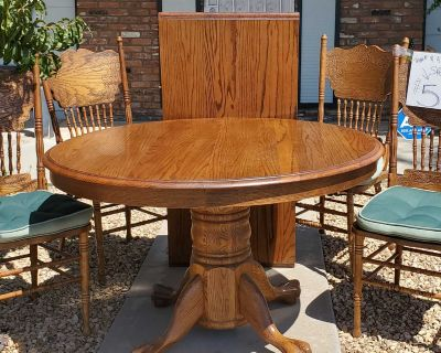 Reduced***Oak Table, 1 leaf & 4 Chairs w Cushions $60 now $50
