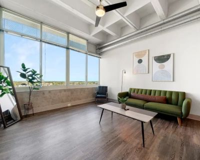 Downtown ATL HIGH RISE w/ KING bed - MUST SEE! - Peachtree Center