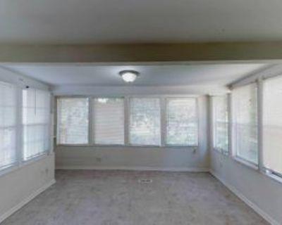 Room for Rent - Atlanta Home, Atlanta, GA 30349 4 Bedroom House