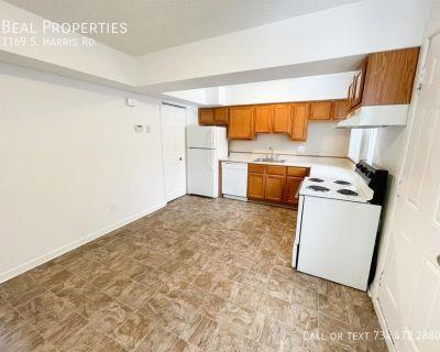 Apartment Rental - 1169 S. Harris Rd.