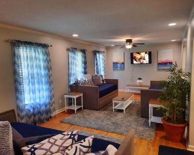 Spacious Home 30 Minutes From Atlanta Sleeps 20 - DeKalb County