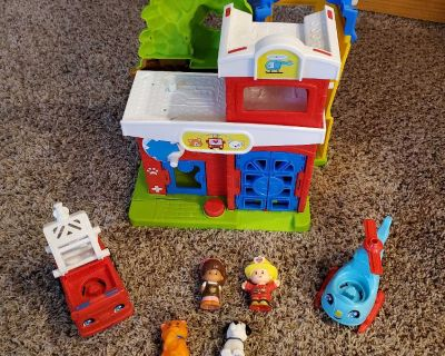 Fisher price little people pet rescue