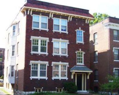 765 Syracuse Avenue, University City, MO 63130 2 Bedroom Apartment