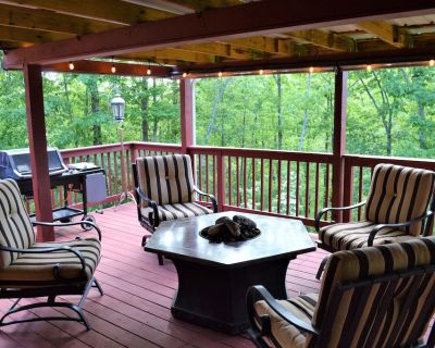 Maple Rooster Cottage Private MTN Retreat - Covered Deck - Dawsonville