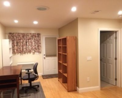 Palo Alto furnished master suite - 8/22 available, 獨立進出,獨立衛浴