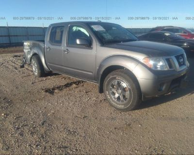 Salvage Gray 2019 Nissan Frontier