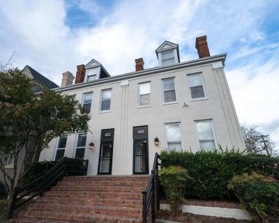 Fairfax Manor Compass Suite - Ghent