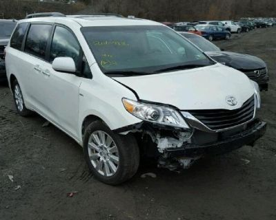 2017 ''TOYOTA SIENNA XLE'' AWD 7,474 Miles Need Front end Airbags  $15,995
