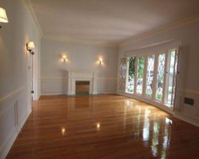 N. Alta Vista Blvd. & Fountain Ave., West Hollywood, CA 90046 1 Bedroom Apartment