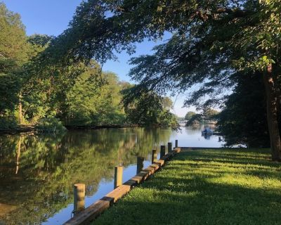 Charming Chestertown Waterfront Cottage - Chestertown