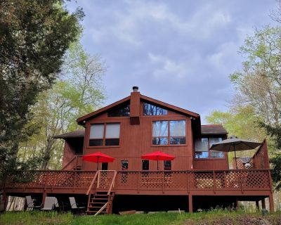 Perfect 6 Bedroom w/ Hot tub and Grill, 3000 Sq ft. - Gouldsboro