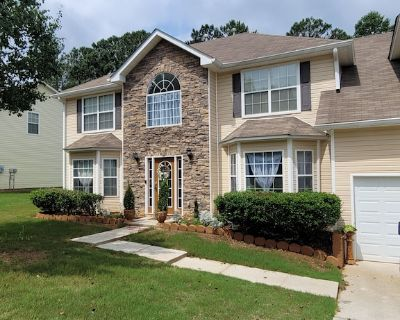 Gorgeous, Spacious, Clean, Comfortable Stay, Close to Six-Flags - Douglasville