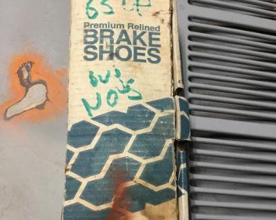 NOS premium brake shoes front 65-70 71-77 standard