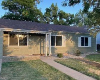 2824 S Dexter Way, Denver, CO 80222 3 Bedroom House