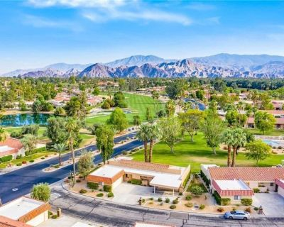 Stunning 2 Bed View Home w/ Pool and Spa - Palm Desert