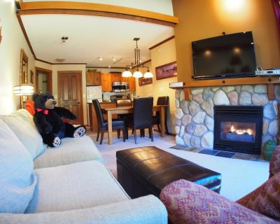 2 bedroom apartment in village centre, ski in/out - Sun Peaks