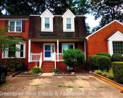 426 Middle Oaks Dr, Chesapeake, VA 23322 2 Bedroom House