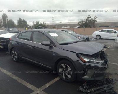 Salvage Gray 2017 Hyundai Ioniq Hybrid