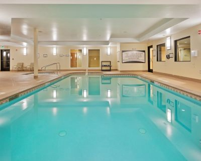Take a dip in the Shared Pool! Near Reno-Sparks Convention Center | 1 Bedroom Suite - Reno