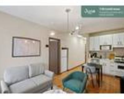173 Private Full Room in Capitol Hill 4-bed / 2.5-bath apartment