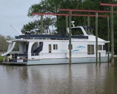 1998 Monticello River Yacht Houseboat