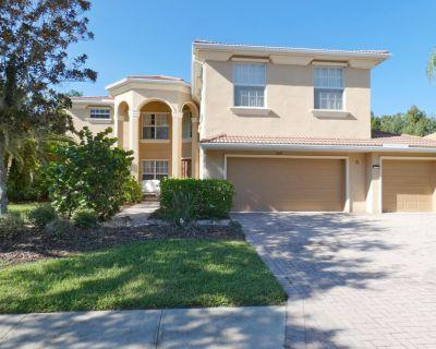 8119 Luxury big family vacation home on golf course - Bradenton