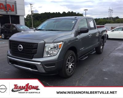 Pre-Owned 2021 Nissan Titan SV 4WD Crew Cab Pickup