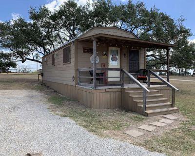 Tabasco Ranch Pony Cabin - Comfort