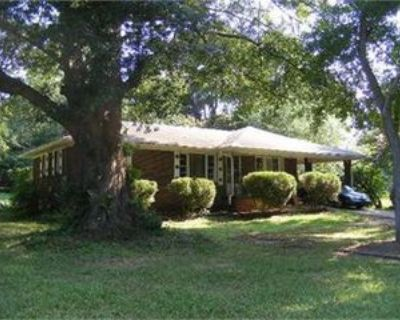 926 Green Valley Rd Sw #1, Mableton, GA 30126 3 Bedroom Apartment