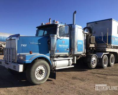2006 Western Star 4900FA 8x4 Tri/A Sleeper Truck Tractor