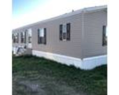 LA, YOUNGSVILLE - 2010 35SAR1676 single section for sale.
