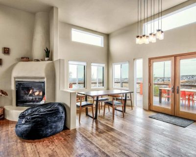 4BR Fireplace&Mountain Views Dog-Friendly&Hiking Nearby! - Monument